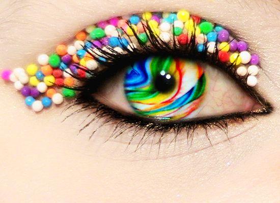 Google Image Result for http://djdesignerlab.com/wp-content/uploads/2010/august/art_of_eye_candy/art_of_eye_candy_16.jpg