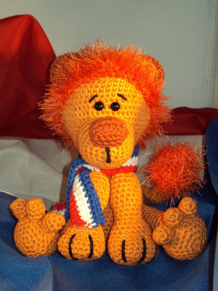 Leo, de Holland Leeuw, een patroon van Tessa van Riet.