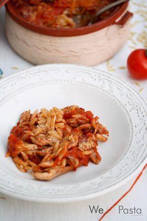 Giouvetsi me Kotopoulo // Huhn mit Kritharaki aus dem Tontopf (Greek style pasta bake with chicken)