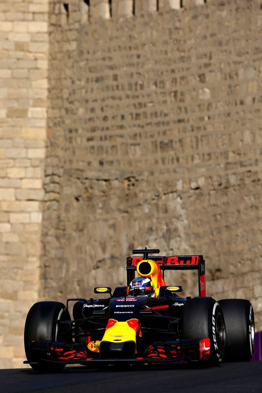 Daniel Ricciardo, Red Bull Racing RB12                                                                                                                                                                                 More