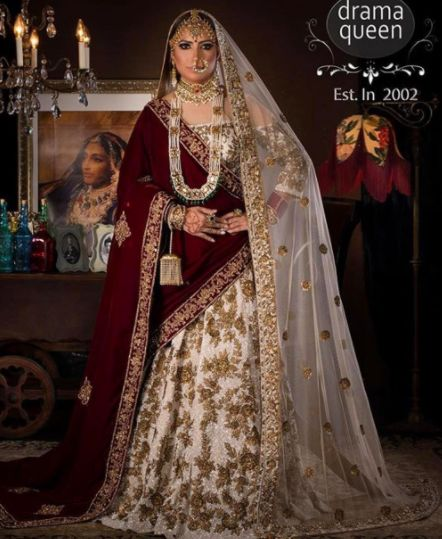 A beautiful collaboration with our friends at @dramaqueenstudio! Our gorgeous model is the epitome of class and elegance in this royal #Wellgroomedinc designed lehenga! ✨  Email sales@wellgroomed.ca to place your order today!