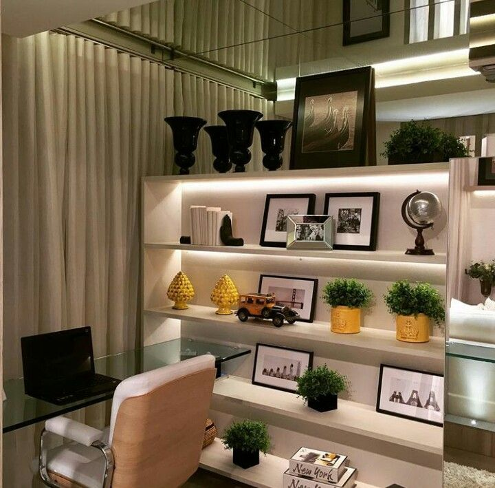 25 best estantes images on pinterest home ideas libraries and find this pin and more on decorao de interiores by flaviabotelhofb fandeluxe Images