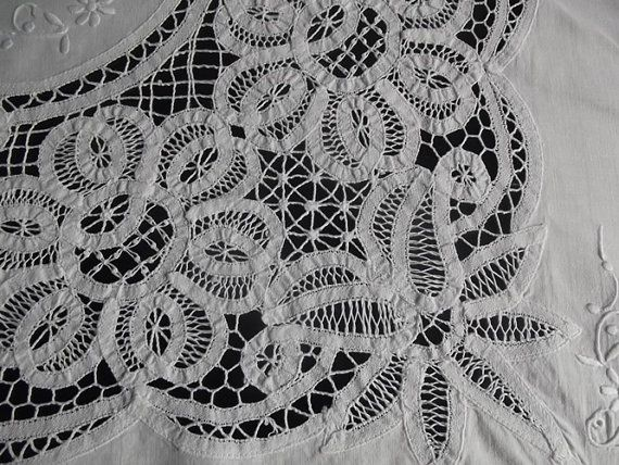 Antique Brussels Lace Tablecloth, White Tablecloth With White Lace And White  Embroidery, OOAK,