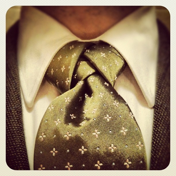 Must learn how to tie this - Atlantic Knot N.1