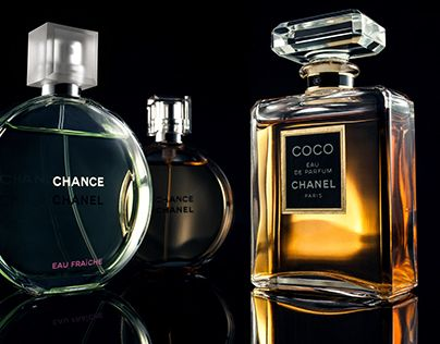 """Check out new work on my @Behance portfolio: """"CHANEL香水"""" http://be.net/gallery/32920287/CHANEL"""