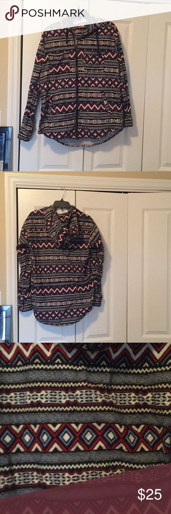 Aztec zip up hoodie Worn but in great shape H&M Tops Sweatshirts & Hoodies