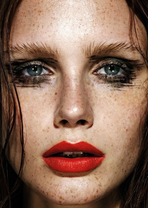 Freckles, eye makeup & red lips