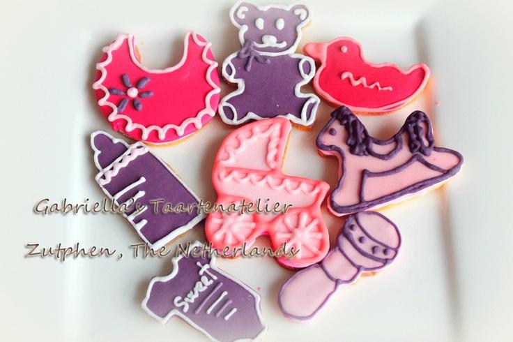 #geboorte #koekjes #bedankjes aan het inpakken