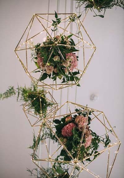 Geometric Gold Wedding Decor :: 2017 Wedding Trends