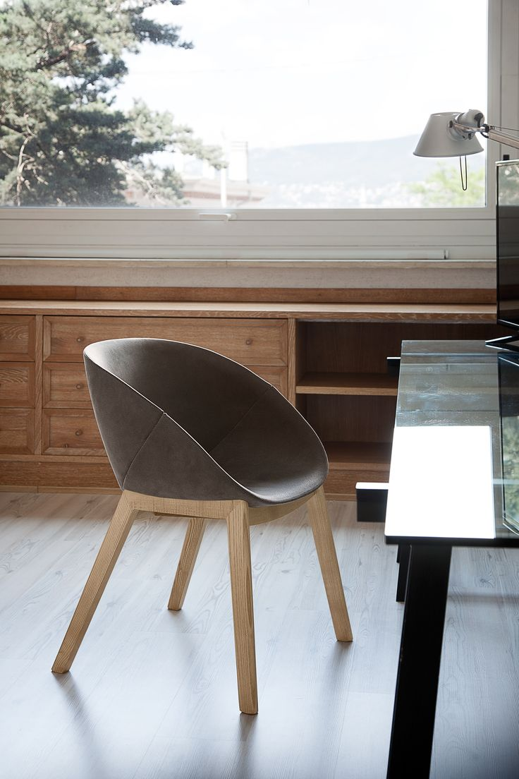 Coquille W #chair from @domitaliasrl #design by Radice & Orlandini @products4people