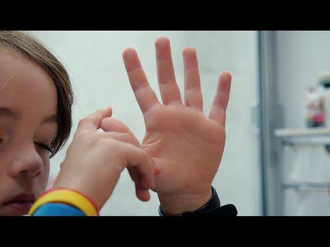 Doe high five (en leer je ontspannen)https://www.klasse.be/49252/mindfulness-kinderen-rust-concentratie/