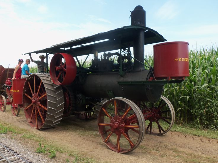 Minneapolis steam traction engine
