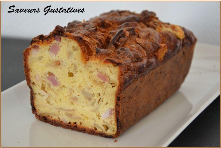 Cake salé au cantal et fondu d'oignons au vinaigre de grenade