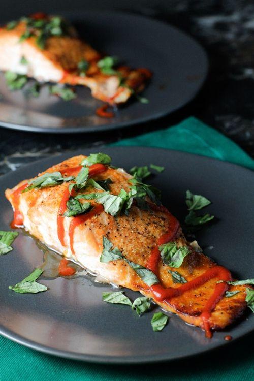 Simple Sriracha Salmon