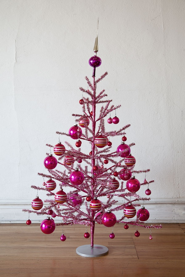 This is kind of what my Christmas tree looks like, but it is a traditional green tree with a variety of shades of pink Christmas ornaments.  Then I put on different styles of crosses, my Wedgwood ornament I bought at the Ghetty Villa, and my Waterford ornament Michelle got me last year for Christmas.  I love my Christmas tree.: Holiday, Vintage Christmas, Pink Trees, Girls Room, Pink Pink, Christmas Trees, Pink Christmas Tree