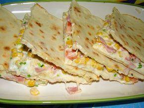 Quesadillas (mexikói pizza) két féle töltelékkel