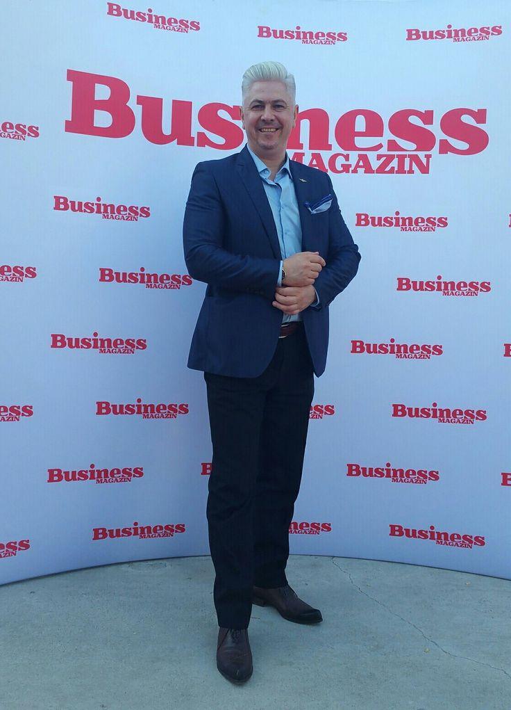 "Gala ""100 Tineri Manageri de Top"" din Romania, eveniment organizat de Business Magazin la TAPO.🔝💯📰💹👌 #100ManagerideTop #BusinessMagazine #CornelGacheBispoke #StefanBurdea #HULBER #WESSE #TAPO #FlorinBosie #VIPstyle"