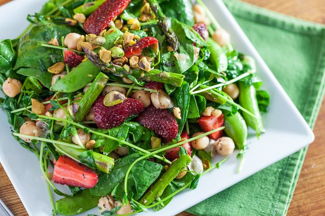 springtime-strawberry-spinach-salad-13.jpg