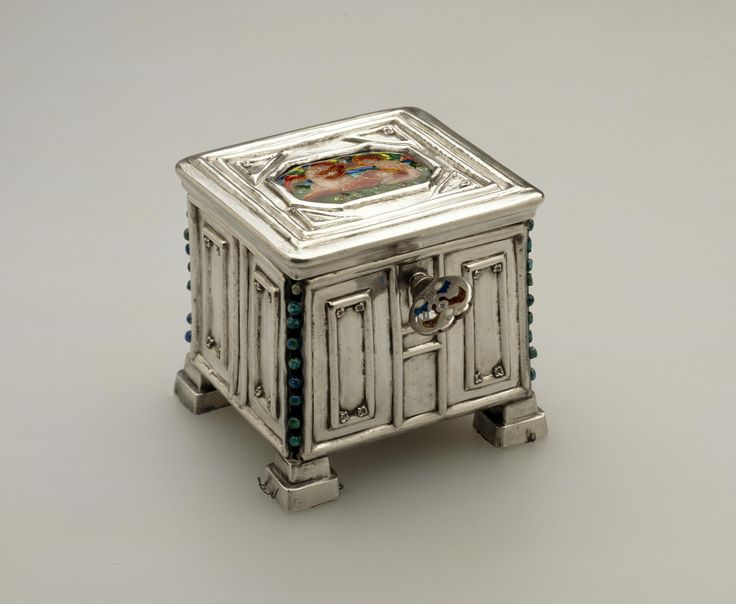 Key with plique-a-jour enamel for a small silver box decorated with an enamel plaquette: Scottish, Edinburgh, by Phoebe Traquair, 1909
