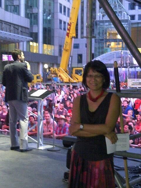 Backstage at David Pecaut Sq with @oliviachow introducing the incredible Laurie Anderson at #Luminato. #artmatters tweeted by kristynwongtamKristyn Wong-Tam 黃慧文