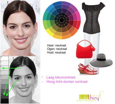 Anne Hathaway heeft een hoog licht-donker contrast en een laag #kleurcontrast in haar uiterlijk. In welke #kleurencombinatie's zij op haar mooist is lees je in dit blog.