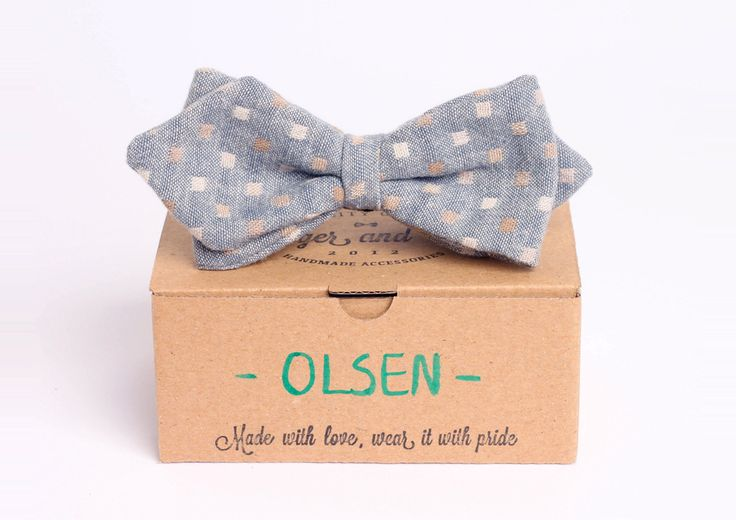 Grey arrowhead bow tie - Olsen by Badger & Fox