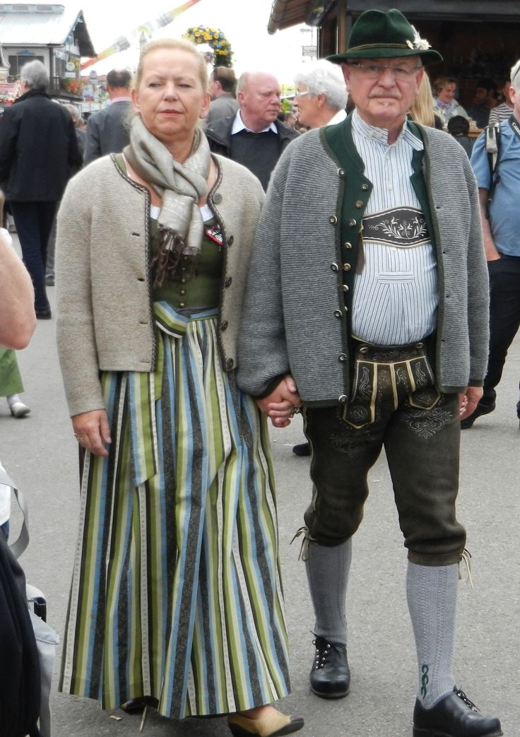 Couple dressed in Bavarian Tracht during Oktoberfest in Munich. Repinned by www.mygrowingtraditions.com