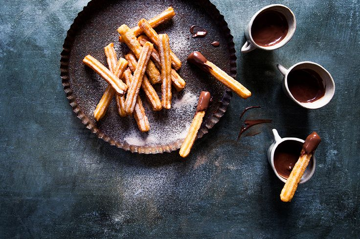 These Spanish doughnuts are made for dunking in hot chocolate. Their distinctive star shape is the secret to a crunchy exterior and fluffy centre.
