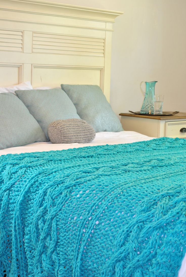 Light Turquoise Chunky Cable Knit Blanket In Cream Irish