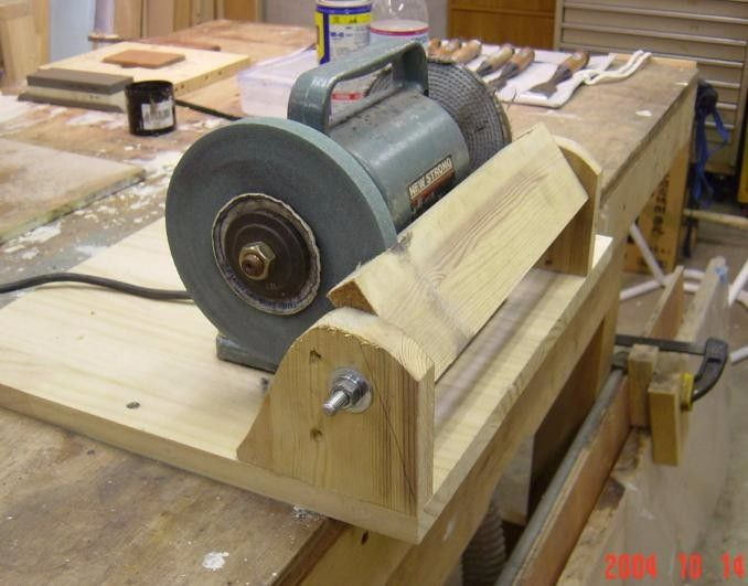 Wonderful Homemade Bench Grinder Part - 13: Bench Grinder Rest By Stu -- Homemade Bench Grinder Rest Constructed From  Lumber, Threaded Rod, Nuts, And Washers. Http://www.homemadetools.net/homu2026