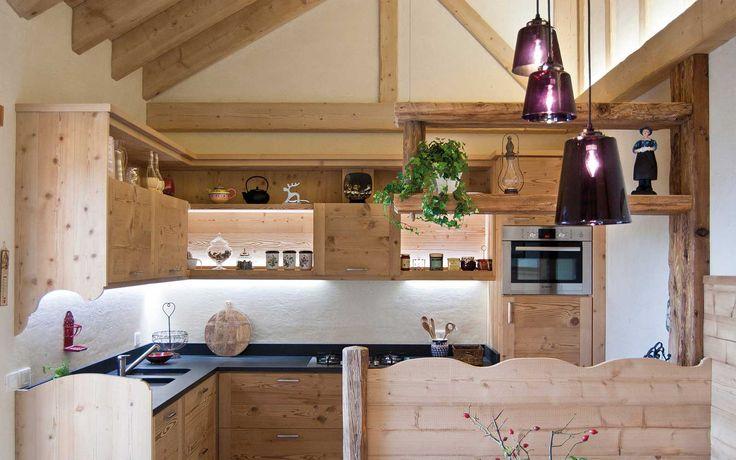 Oltre 1000 idee su mobili rustici su pinterest mobili in - Mobili per case di montagna ...