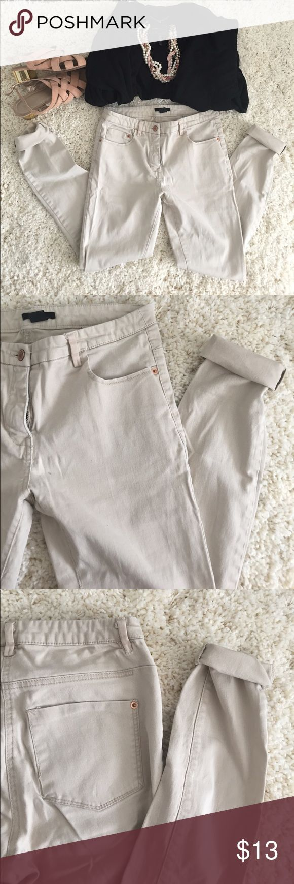 """H&M • tan skinny jeans H&M • tan skinny jeans. US size 6. Waist measures 14"""". 97% Cotton. Slightly stretchy. One minor defect is loose stitching on rear pocket (as photoed). All items photoed are for sale, if you don't see a listing just ask! H&M Jeans Skinny"""