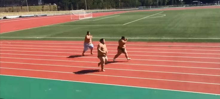 WATCH | Three Sumo Wrestlers Test Their Endurance On The Track