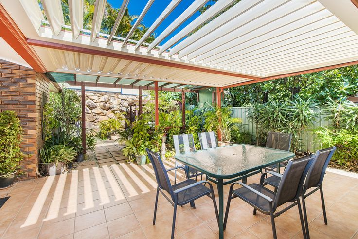 ROBERTSON 12 Bacchus Street...Occupying a leafy 620m2 parcel of land, this low set brick home offers a peaceful lifestyle with opportunity to expand for growing families.