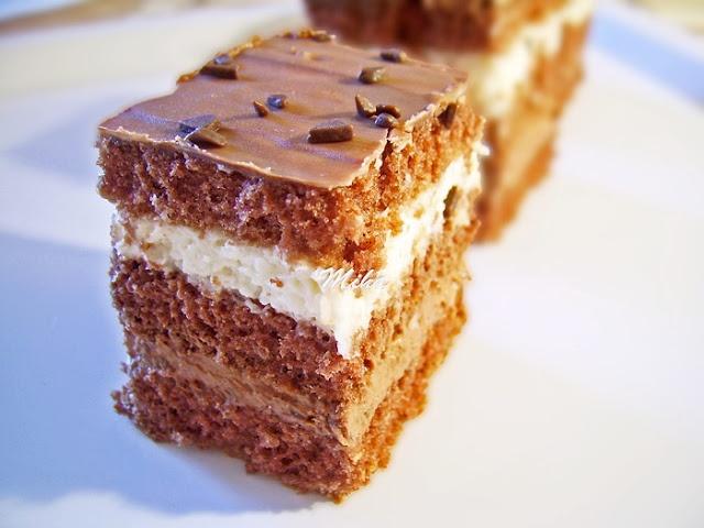 Prajitura cu ciocolata si nuca de cocos: Cake, Desserts Recipes, Nuca De, Romanian Recipes, Si Nuca, Chocolate, Romanian Food, Coconut