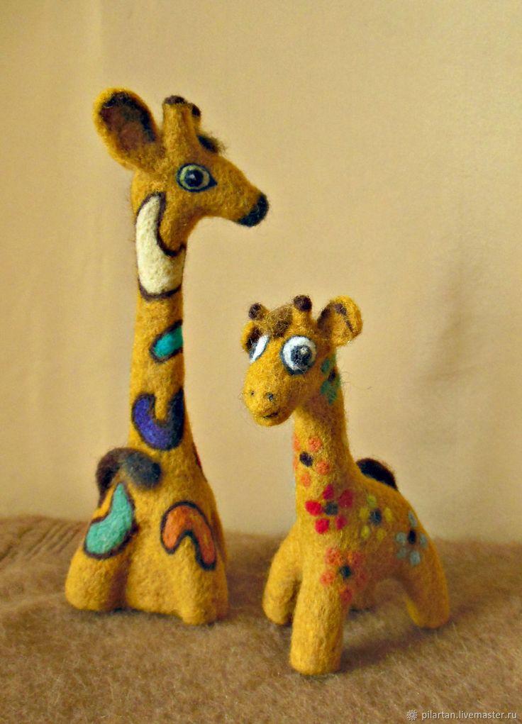 """Купить Статуэтка валяная интерьерная игрушка """"Жирафа изысканая"""" в интернет магазине на Ярмарке Мастеров"""