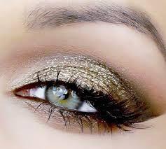 Afbeeldingsresultaat voor oog make up goud bruin