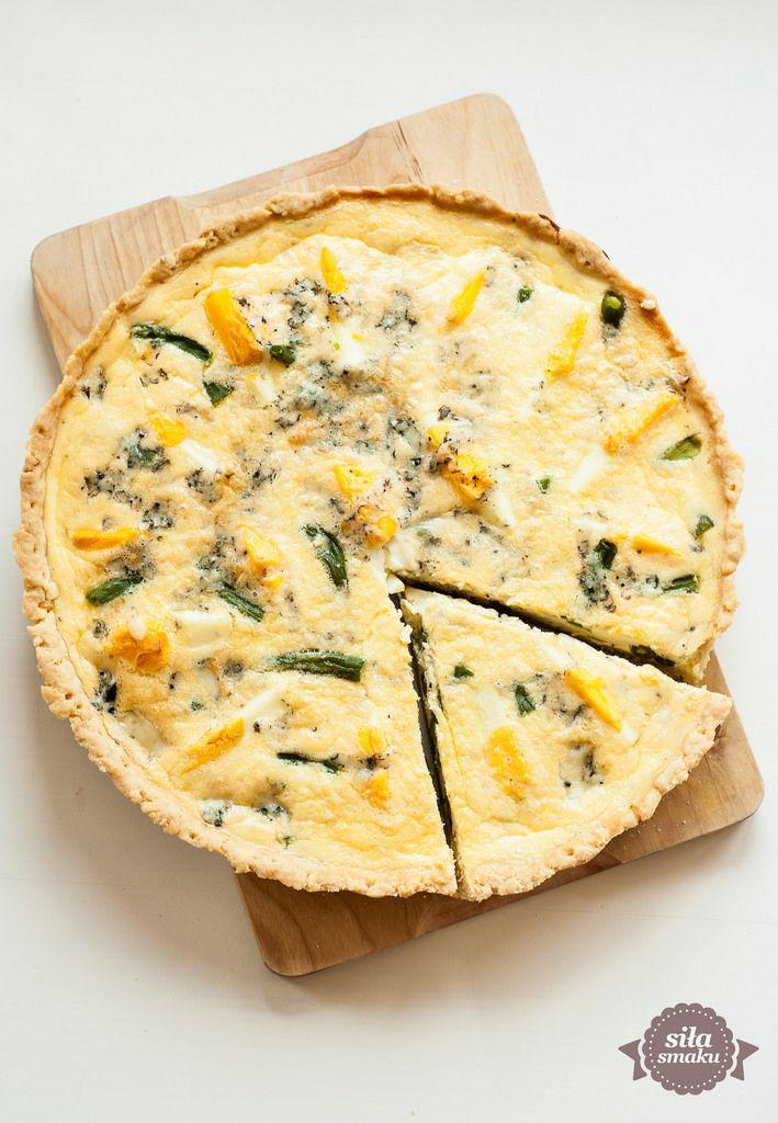 siła smaku: Wytrawna tarta z fasolką szparagową i jajkami
