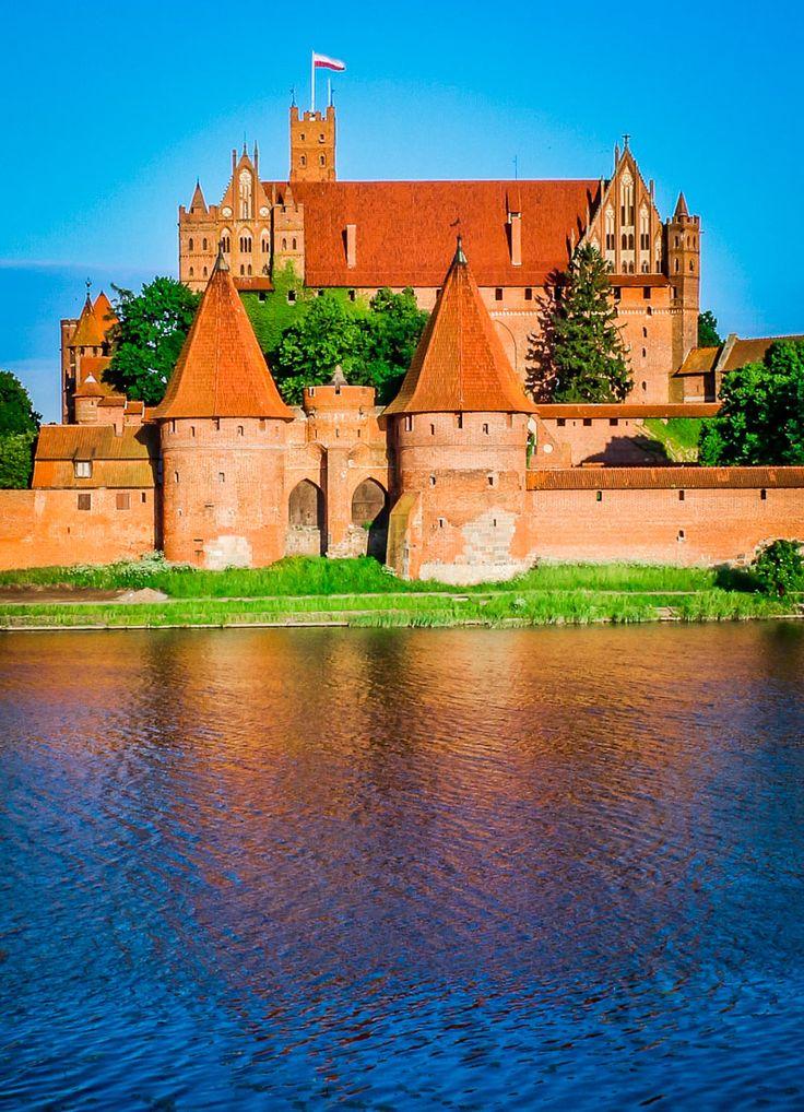 World's Largest Castle,  Malbork Castle.  Poland, Castle, Travel