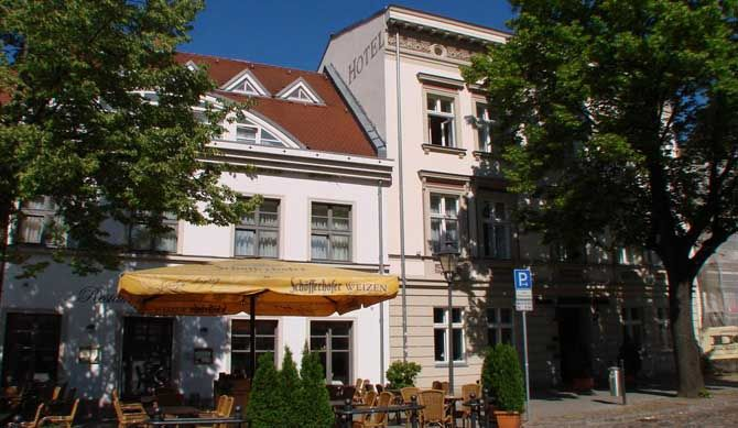 Altstadt Hotel Potsdam The Altstadt Hotel Potsdam offers comfy accommodation in the Old Town district of Potsdam, Germany, just a short walk away from the beautiful Sanssouci park and the historic Dutch Quarter. All of the... #Hotels  #Travel #Backpackers #Accommodation #Budget