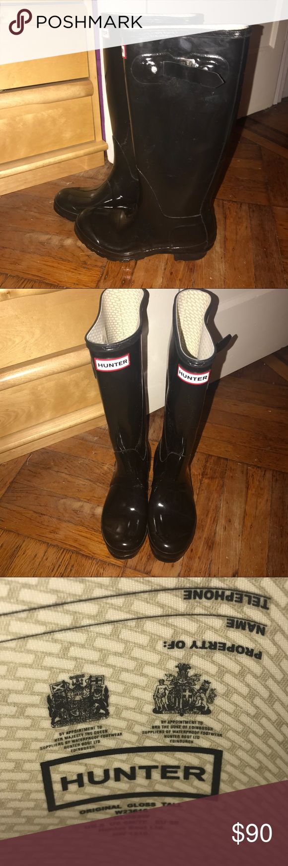 Black Tall Hunter Boots size US 7 💕 Black Tall Hunter Boots size US 7 💕 worn once and in perfect condition 💕 Hunter Shoes Winter & Rain Boots