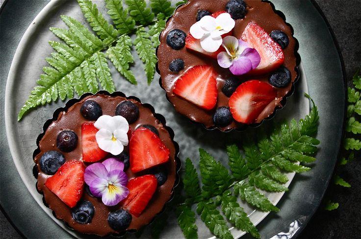 Vegan chocolate berry tartlet