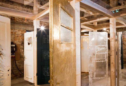 Installation im Sudhaus mit einer Arbeit von Max Gehlofen, 10. Oktober bis zum 28. November | bürgerbräu würzburg | denkmal industriekultur | wieder beleben |