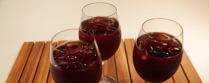 This spanish red wine spritzer is a light & refreshing cocktail! ... CLINTON KELLY