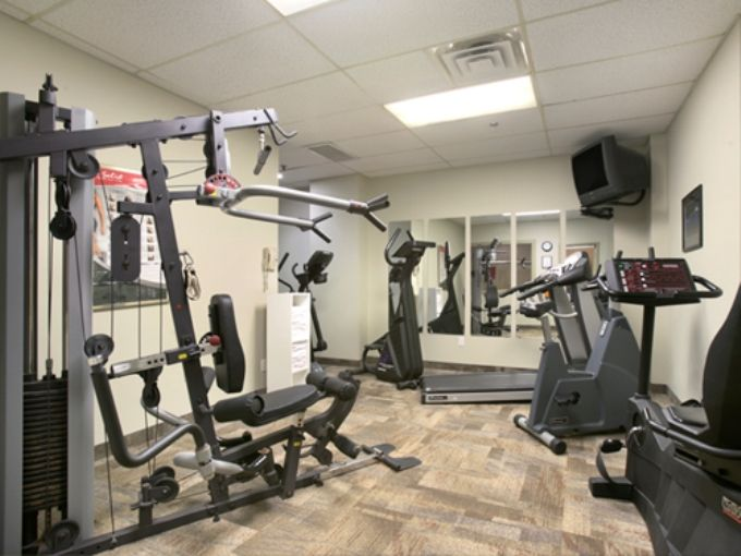 No need to miss your daily workout just because you are on vacation.  Our fitness center has equipment to help you get your workout in while enjoying your time in Niagara Falls.