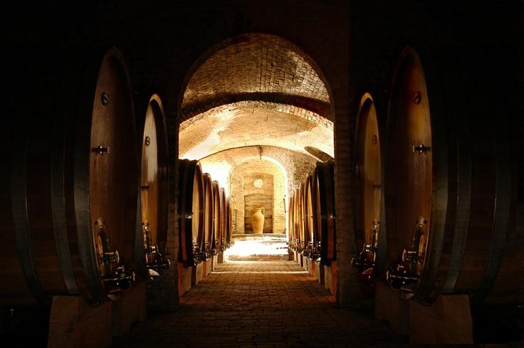 Castello di Razzano www.CharmeRelax.it/Razzano Casarello (Alessandria - Piemonte) #italy #charme #relax #castle #hotel