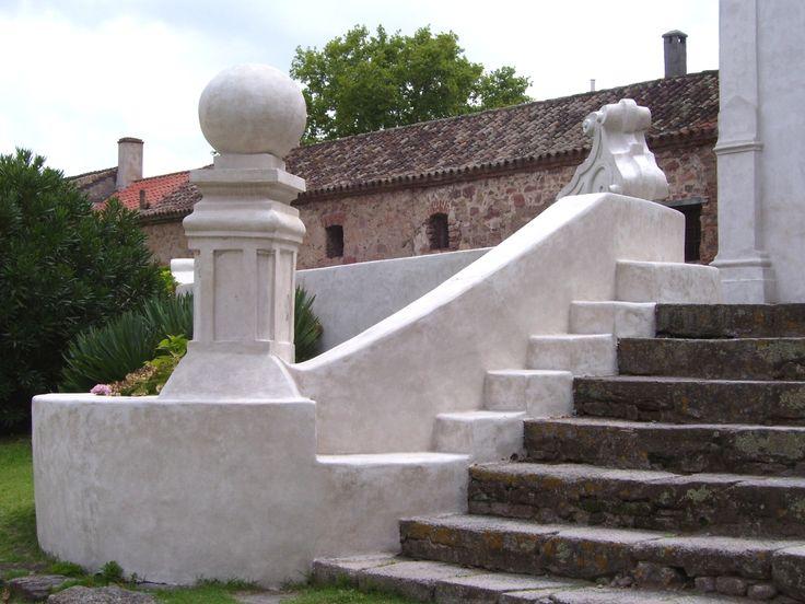 Santa Catalina, detalle escalinata de ingreso