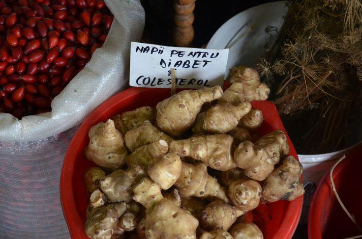 Rose hips and jerusalem artichoke. Farmer's market in Bucharest