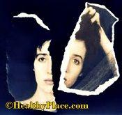 Schizophrenia Causes, Development of Schizophrenia - HealthyPlace #mentalhealth #schizophrenia www.healthyplace.com/thought-disorders/schizophrenia-causes/schizophrenia-causes-development-of-schizophrenia/