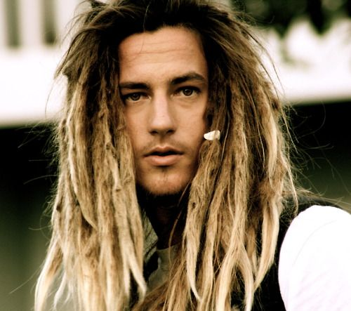 Les 25 meilleures id es de la cat gorie dreadlocks blonde sur pinterest dreadlocks pour fille - Les differents blonds ...